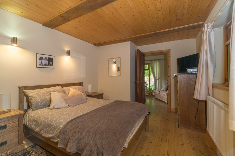 Room to Express yourself in Beech Lodge